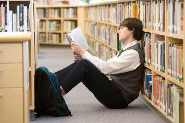 «Сколько страниц ты прочитал?» 7 способов отучить ребенка читать