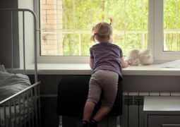 В Москве судят родителей, которые пять лет отказываются забирать здоровую дочь из больницы
