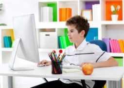 Семейное образование: в дистанционной школе или самостоятельно?