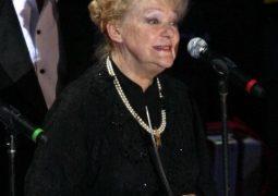 Клеймо разлучницы, травля, смерть мужа и дочери — что перенесла Ирина Скобцева